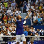 Avec quel équipement Daniil Medvedev remporte l' Us Open?
